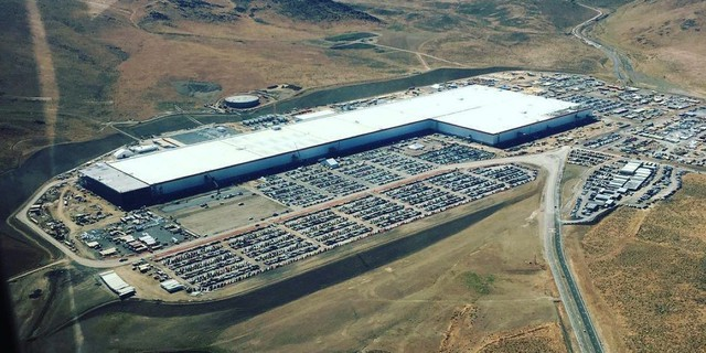 Tesla xây siêu nhà máy 500.000 xe/năm tại Trung Quốc - Ảnh 1.