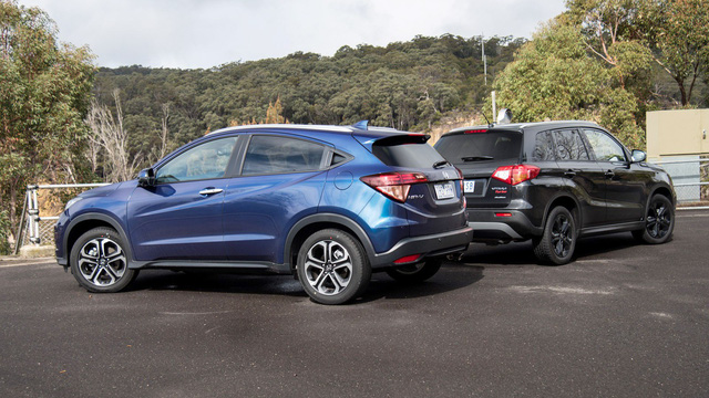 """Giá gần 900 triệu đồng, Honda HR-V có đang tự """"giết"""" chính mình khi chưa mở bán?"""