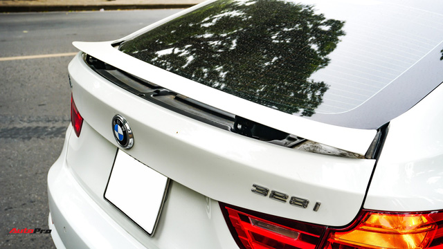 Rao bán BMW 328i GT để tậu về BMW 6-series, chủ xe chấp nhận mức khấu hao trên 1 tỷ đồng - Ảnh 8.