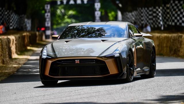 Ra mắt Nissan GT-R50: Siêu xe triệu đô mỹ miều do đối tác VINFAST thiết kế  - Ảnh 1.