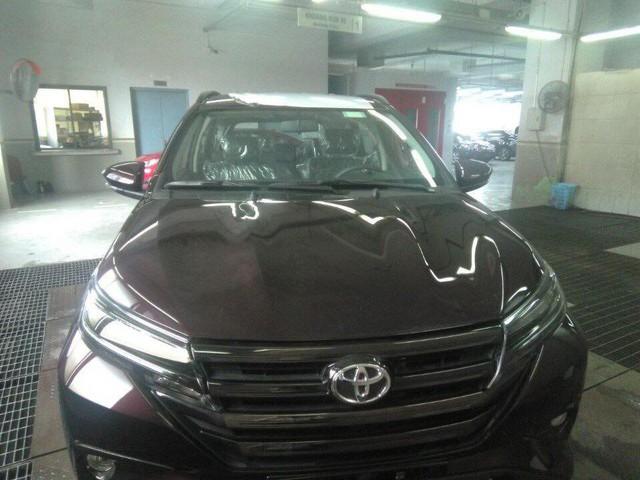 Toyota Rush đã về đại lý tại Hà Nội, chỉ chờ ngày ra mắt - Ảnh 2.