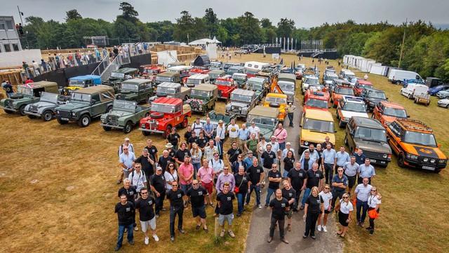 Cuộc diễu hành kỷ niệm 70 năm sinh nhật Land Rover: Quy tụ hết anh tài - Ảnh 3.
