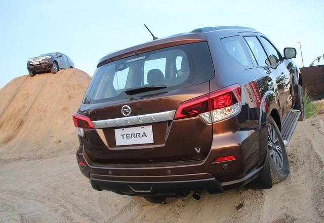 """Nissan Terra chuẩn bị về Việt Nam - Thêm """"trùm"""" công nghệ cạnh tranh Toyota Fortuner - Ảnh 2."""