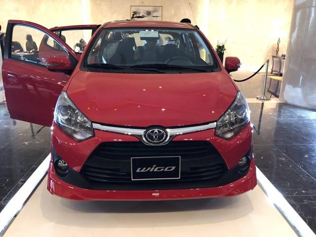 Toyota Wigo, Rush, Avanza chào giá, xuất hiện trước ngày ra mắt khách hàng Việt Nam - Ảnh 1.