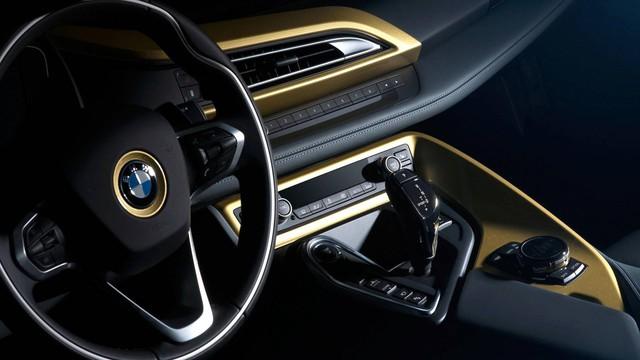 BMW tung bản đặc biệt cho i3 và i8 dát vàng 24 carat - Ảnh 3.