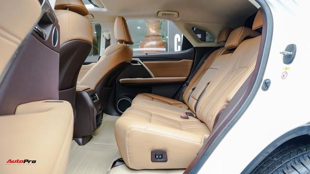 Khan hàng, Lexus RX 200t chạy lướt giữ giá như xe mới - Ảnh 19.