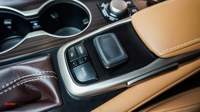 Khan hàng, Lexus RX 200t chạy lướt giữ giá như xe mới - Ảnh 15.