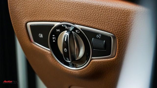Mercedes-Benz E300 AMG khấu hao 200 triệu đồng sau 7.000 km lăn bánh - Ảnh 10.