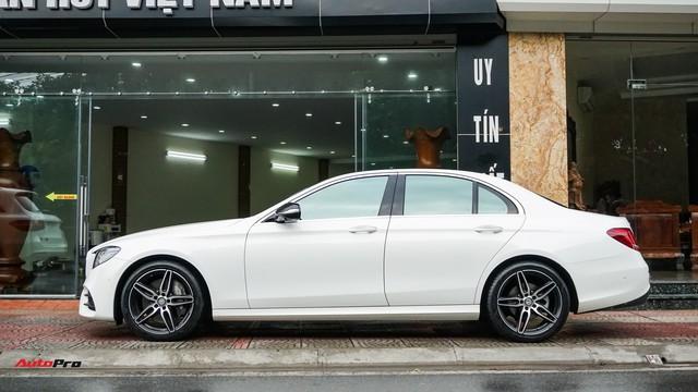 Mercedes-Benz E300 AMG khấu hao 200 triệu đồng sau 7.000 km lăn bánh - Ảnh 2.