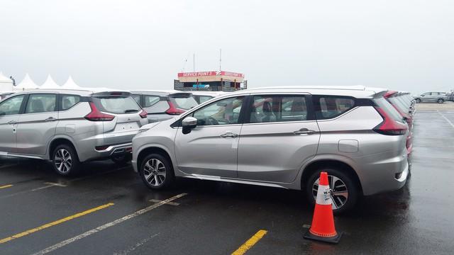Ô tô con nhập về Việt Nam tuần qua nhiều kỷ lục trong năm 2018