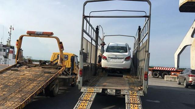 Ô tô miễn thuế đổ bộ về Việt Nam, tập kết kín cảng chờ lăn bánh   - Ảnh 5.