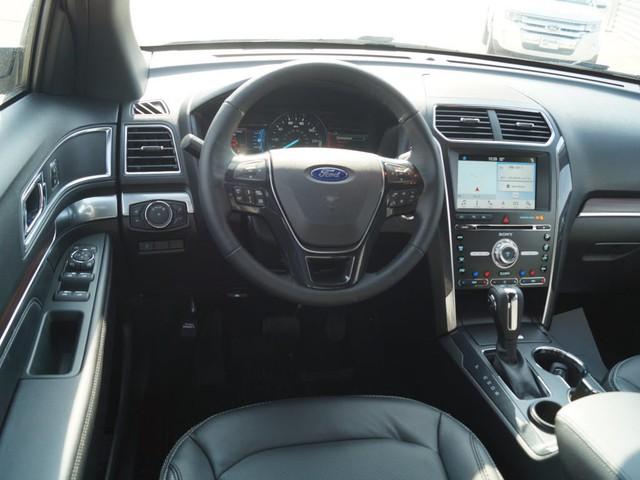 Hàng loạt xe Ford Explorer Limited 2018 chính hãng nhập Mỹ đổ bộ Việt Nam - Ảnh 2.
