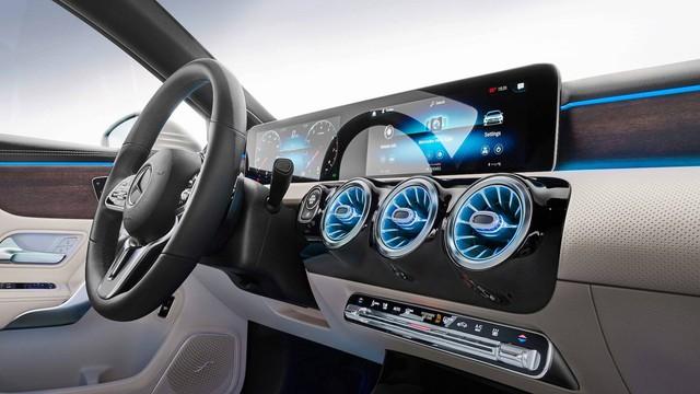 Mercedes-Benz A-Class úp mở thiết kế lưới tản nhiệt mới - Ảnh 3.