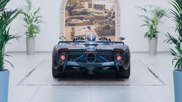 Pagani cướp ngôi xe đắt nhất thế giới từ tay Rolls-Royce - Ảnh 2.