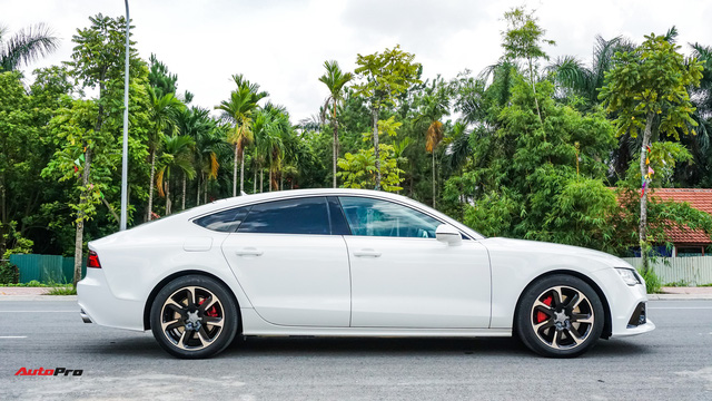 Audi A7 Sportback độ kiểu RS7 độc nhất Hà Nội rao bán dưới 1,8 tỷ đồng - Ảnh 8.