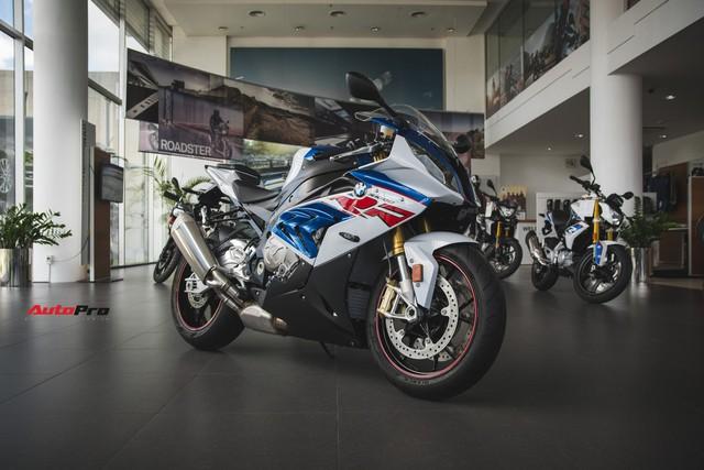 Rẻ hơn cả trăm triệu đồng, BMW S1000RR dưới thời THACO có gì khác biệt? - Ảnh 3.