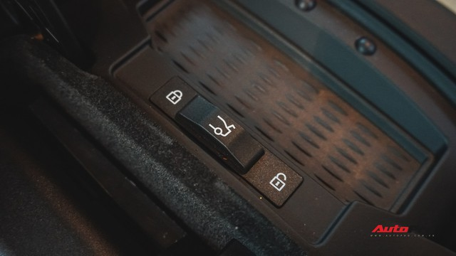Chạy 4,5 vạn km, BMW 7-Series 2 năm tuổi rao giá dưới 2 tỷ đồng - Ảnh 14.