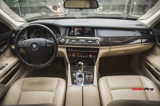 Chạy 4,5 vạn km, BMW 7-Series 2 năm tuổi rao giá dưới 2 tỷ đồng - Ảnh 7.