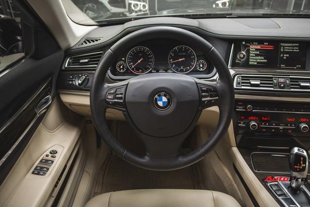 Chạy 4,5 vạn km, BMW 7-Series 2 năm tuổi rao giá dưới 2 tỷ đồng - Ảnh 8.