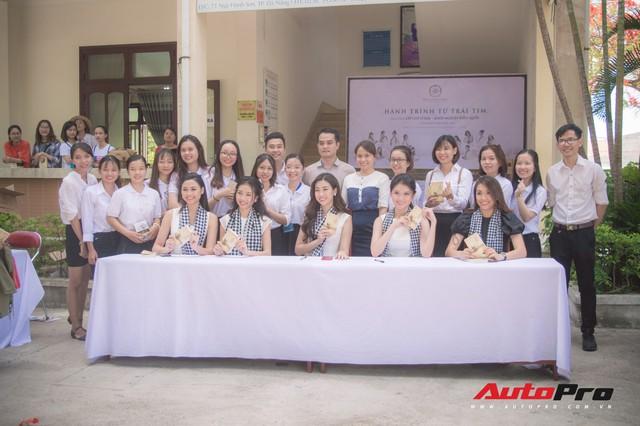 Bộ ba hoa hậu, á hậu cùng các người đẹp Việt Nam xuất hiện bên Bugatti Veyron của Trung Nguyên - Ảnh 10.
