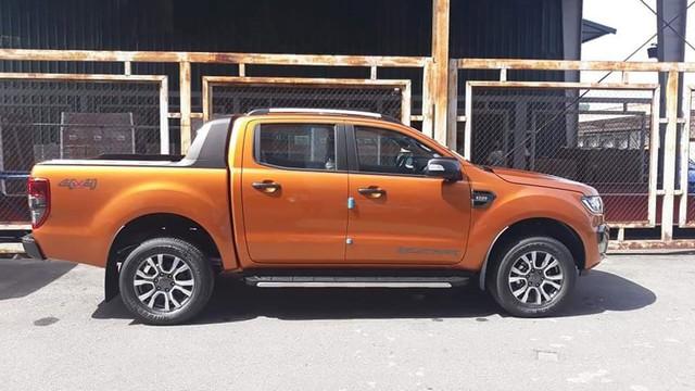 Ford Ranger Wildtrak 2018 bản thiếu trang bị đã về đại lý, giá không đổi