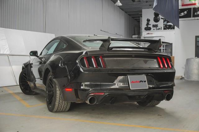 Ngựa hoang Ford Mustang lột xác, độ widebody của đại gia Hà Nội - Ảnh 5.