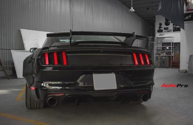 Ngựa hoang Ford Mustang lột xác, độ widebody của đại gia Hà Nội - Ảnh 6.