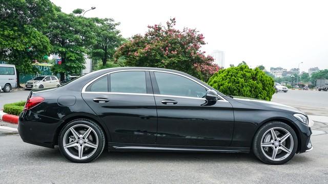 Mercedes-Benz C300 AMG có giá bao nhiêu sau hơn 2 vạn km? - Ảnh 3.