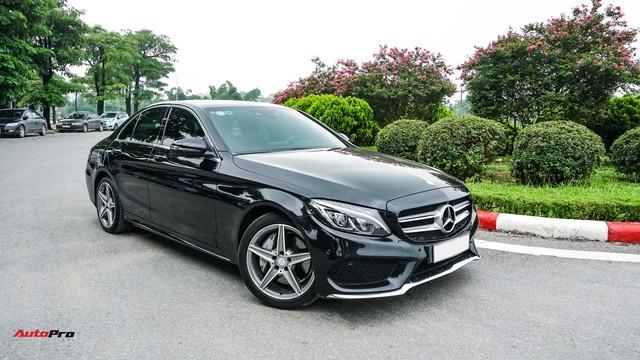 Mercedes-Benz C300 AMG có giá bao nhiêu sau hơn 2 vạn km? - Ảnh 7.