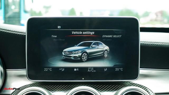 Mercedes-Benz C300 AMG có giá bao nhiêu sau hơn 2 vạn km? - Ảnh 14.