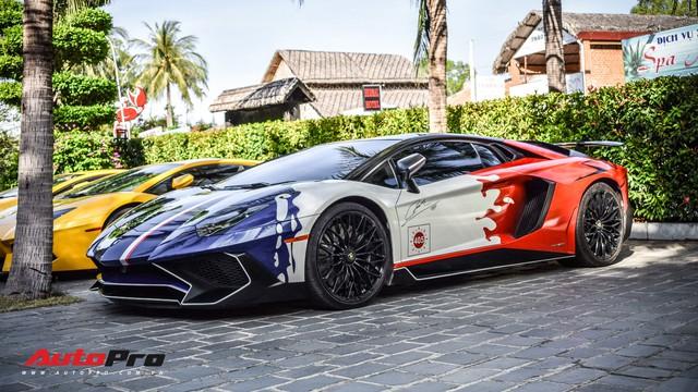 Góc ăn chơi: Quán trà sữa mời cả siêu xe Lamborghini Aventador SV độc nhất Việt Nam của Minh nhựa làm hình ảnh - Ảnh 3.