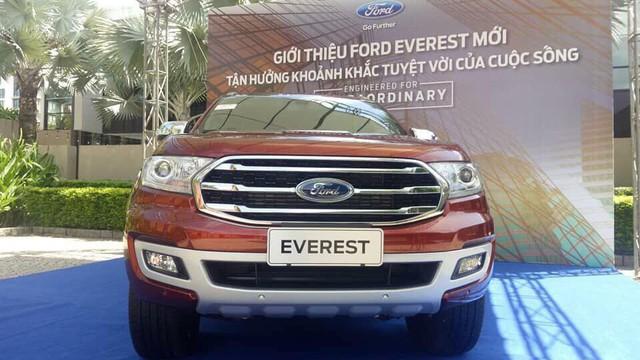 Ford Everest bản nâng cấp mới chốt lịch ra mắt khách hàng Việt - Ảnh 1.