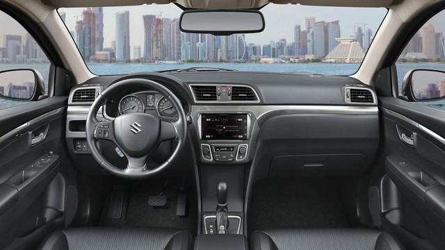 Suzuki Ciaz 2018 có giá chính thức tại Việt Nam, rẻ hơn Toyota Vios bản taxi - Ảnh 2.