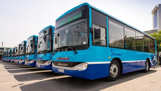 VinFast bắt tay Siemens sản xuất thêm xe buýt điện cho thị trường Việt Nam - Ảnh 1.