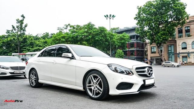 Mercedes-Benz E-Class có giá bao nhiêu sau 4 năm tuổi và gần 5 vạn km? - Ảnh 14.