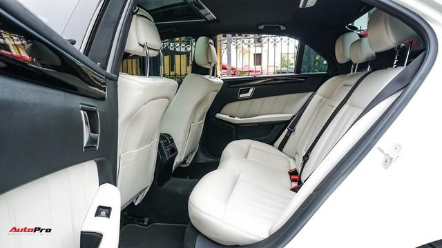 Mercedes-Benz E-Class có giá bao nhiêu sau 4 năm tuổi và gần 5 vạn km? - Ảnh 12.