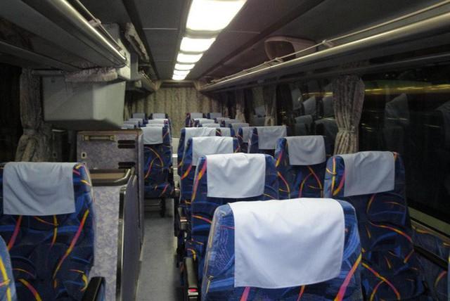 Chuyến xe buýt đêm trong tháng cô hồn đón ngay hành khách thích đùa, chỉ nói câu này mà phụ xe sợ xanh mặt - Ảnh 2.