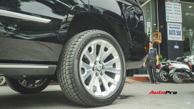 Cận cảnh chiếc SUV hạng sang Cadillac Escalade 2018 đầu tiên tại Việt Nam - Ảnh 4.