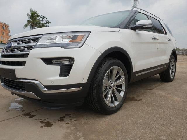 Ford Explorer Limited 2018 nhập Mỹ vượt rào, cả trăm xe sắp đổ ra thị trường Việt - Ảnh 3.