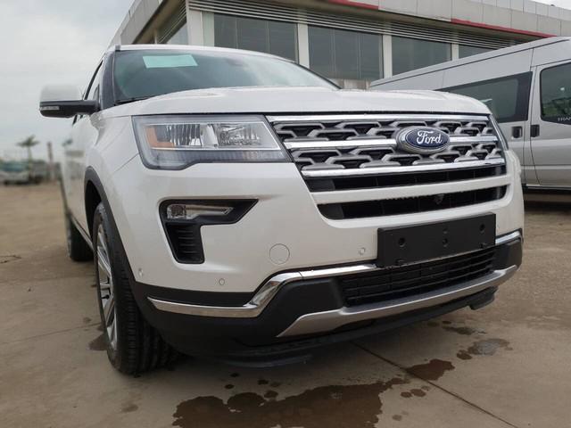 Ford Explorer Limited 2018 nhập Mỹ vượt rào, cả trăm xe sắp đổ ra thị trường Việt - Ảnh 1.