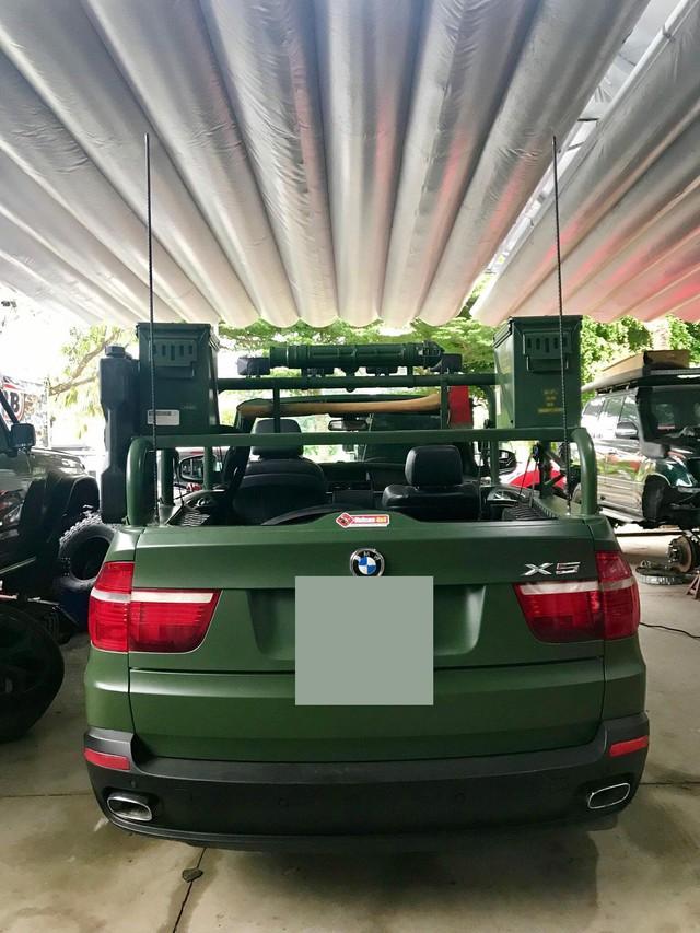 Thợ độ Việt biến BMW X5 thành xe mui trần - Ảnh 2.