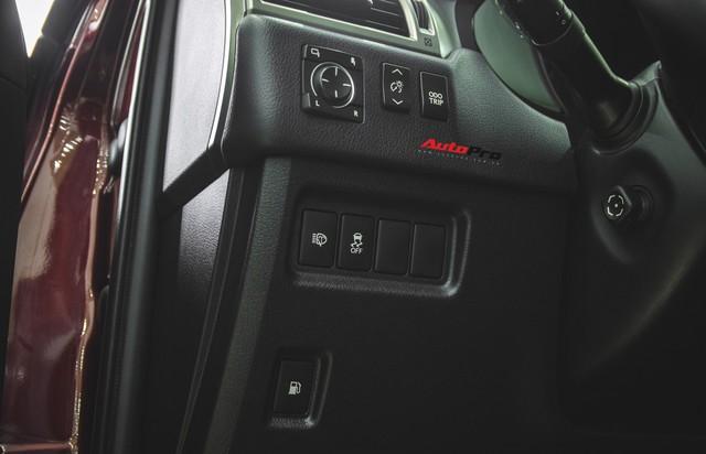 Lexus GX460 màu lạ sau 25.000 km có giá bao nhiêu ? - Ảnh 12.