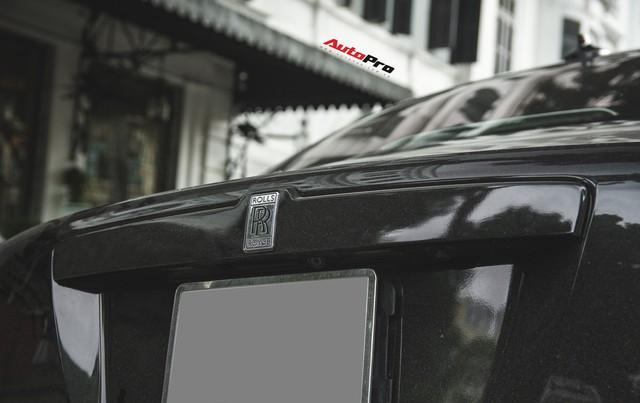 Sẽ thế nào nếu một chiếc Rolls-Royce Ghost được độ phần cản của Rolls-Royce Wraith ? - Ảnh 12.