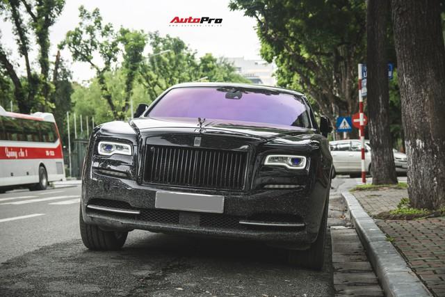 Sẽ thế nào nếu một chiếc Rolls-Royce Ghost được độ phần cản của Rolls-Royce Wraith ? - Ảnh 1.