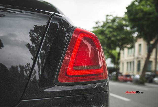 Sẽ thế nào nếu một chiếc Rolls-Royce Ghost được độ phần cản của Rolls-Royce Wraith ? - Ảnh 11.