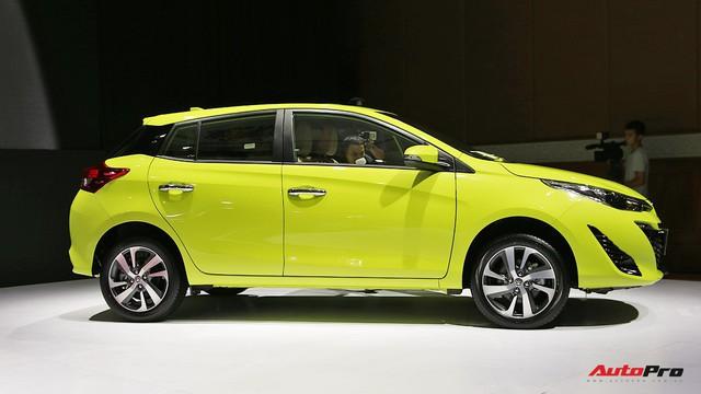Toyota Yaris 2018 chốt giá 650 triệu đồng - Chướng ngại của Honda Jazz - Ảnh 2.