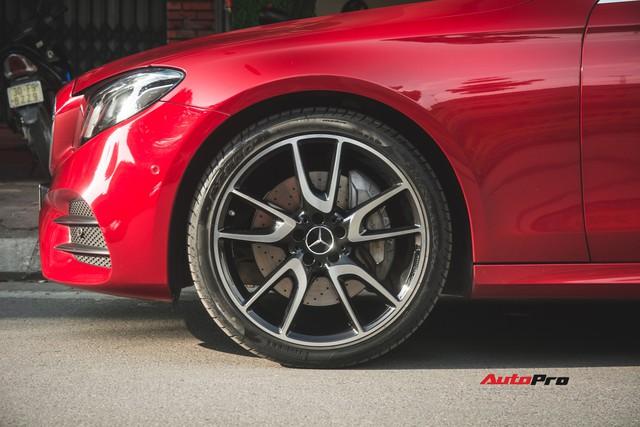 Không chờ được Mercedes-Benz E43 AMG xịn, dân chơi Hà thành mua E300 AMG để tự độ hiệu suất cao như thật - Ảnh 11.