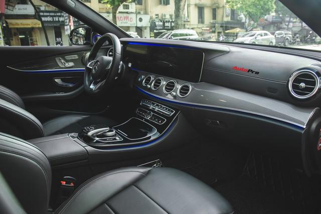 Không chờ được Mercedes-Benz E43 AMG xịn, dân chơi Hà thành mua E300 AMG để tự độ hiệu suất cao như thật - Ảnh 15.