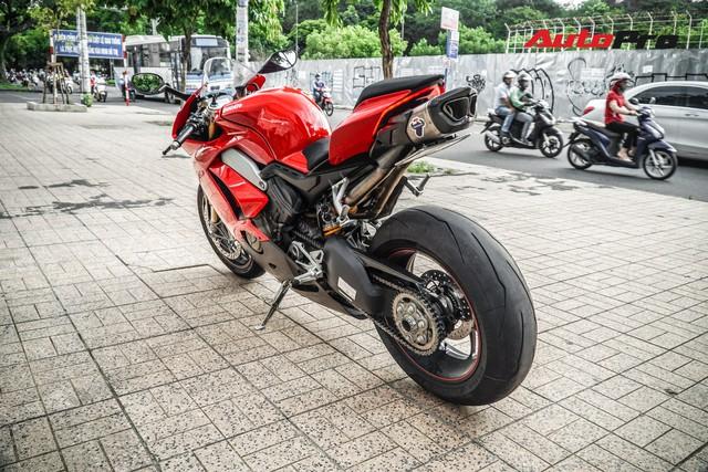 Chi tiết Ducati Panigale V4S được lên đời ống xả gần 200 triệu tại Sài Gòn - Ảnh 4.
