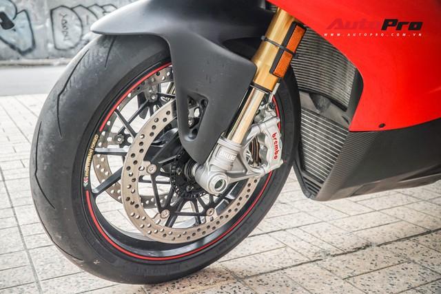 Chi tiết Ducati Panigale V4S được lên đời ống xả gần 200 triệu tại Sài Gòn - Ảnh 7.